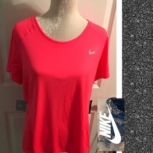 Nike Dry Fit Women's Plus Size Athletic Top.